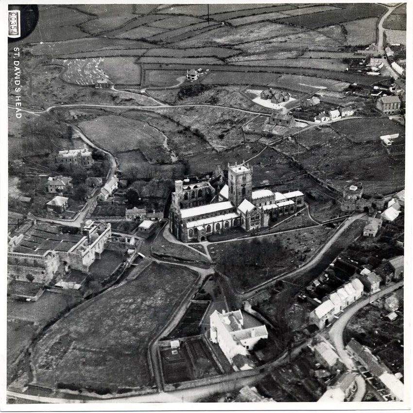 St Davids 395 - Aerial Phots from the Collections of the Royal Commission on the Ancient and Historical Monuments of Wales