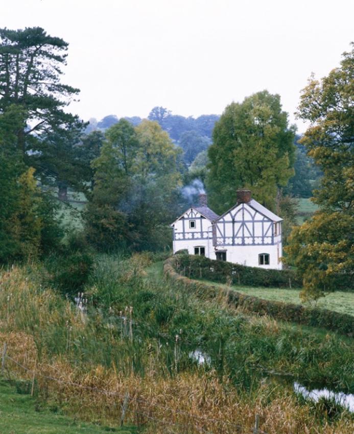 Llun tirwedd o Sawmill Cottage, Anheddiad Camlas Garthmyl, Aberriw. DI2006_1042 NPRN 400741