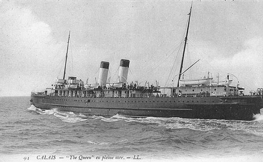 THE QUEEN - built on the Clyde in 1897 by Ailsa Shipbuilding Company and owned by John Hay & Sons, Glagsow. The steamship was sunk by the guns of U38.