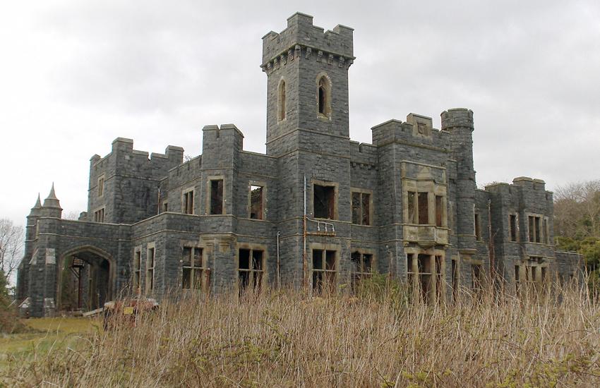 Decaying splendour of Plas Gwynfryn, Llanystumdwy, finished in 1878.