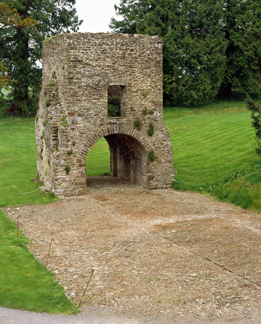 Aberglasney Gatehouse NPRN: 31565 Ref. No. DI2007_0068 C.423117