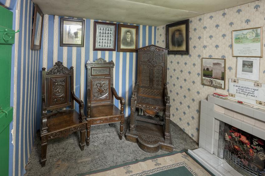 Hedd Wyn's eisteddfod chairs