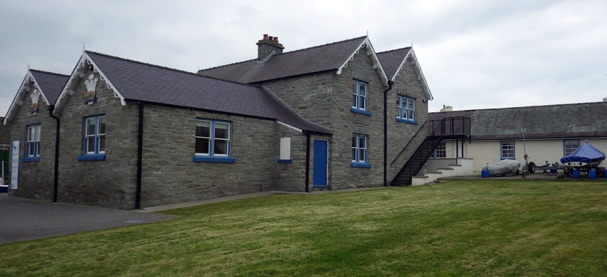 The Stanley Sailor's Home with accommodation block to the right of this image.