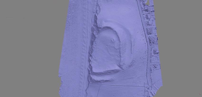 Model cyfrifiadurol 3D o'r gaer yn dangos yr erydiad ar yr arfordir. Cafodd ei gynhyrchu o awyrluniau a bydd yn galluogi archaeolegwyr i fesur cyfradd yr erydu.
