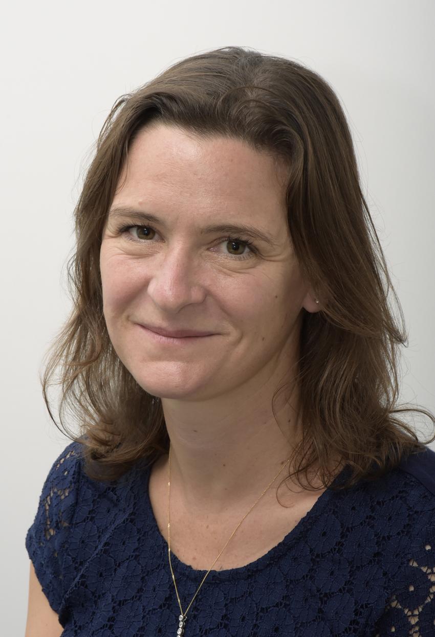 Mrs Caroline Crewe-Read, BA, MPhil, FRSA, MAPM