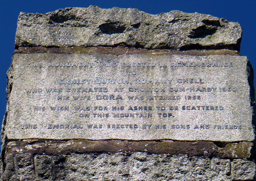 Memorial inscription to Ernest Burton, Romany Chell, died 1960.