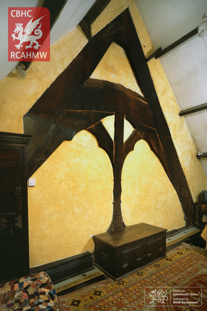 Hafodygarreg's medieval cruck-truss which formed the hall-house.