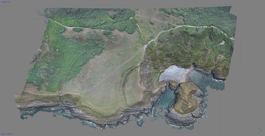 Model 3D o Castell Bach, creuwyd gan delweddau Awyren Ddi-beilot.