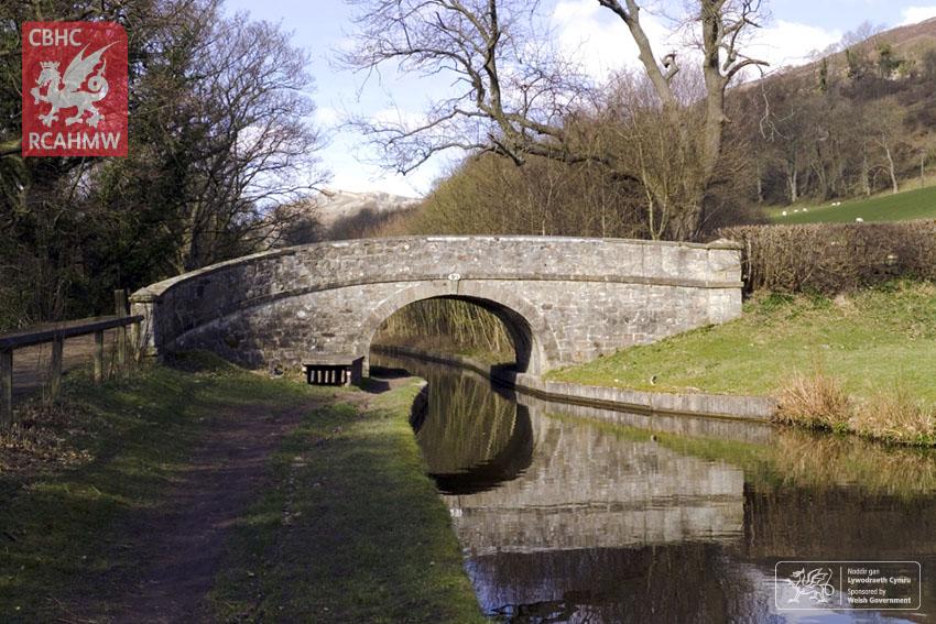 Pont 40, Camlas Llangollen, 2007     C.836424     Cyfeirnod DS2007_111_001     NPRN: 405859