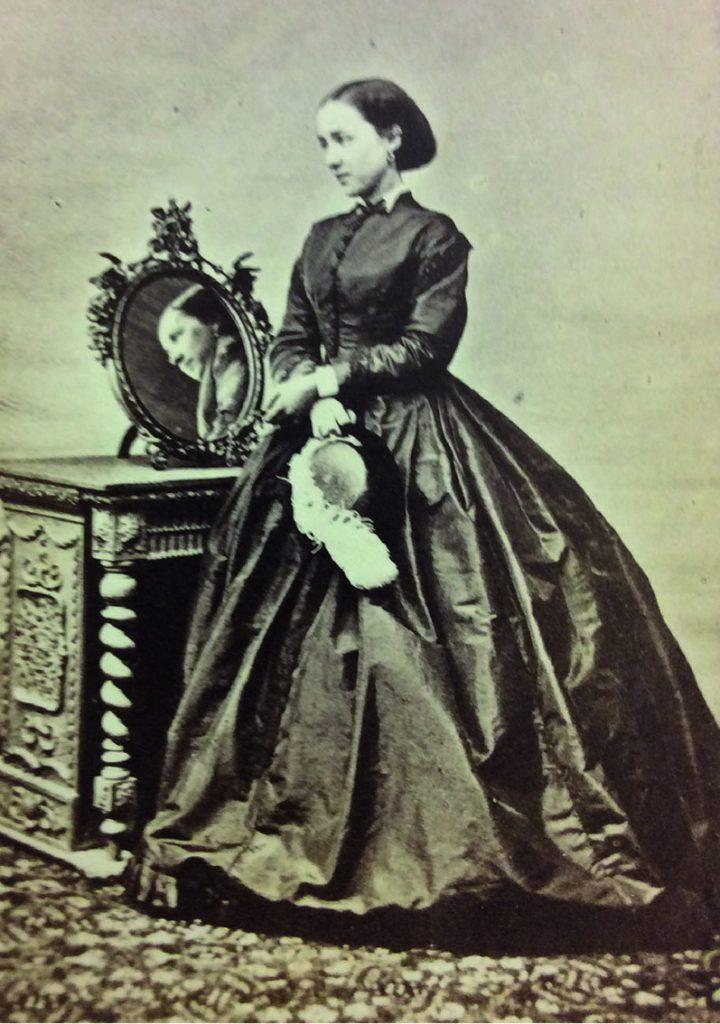 I ddathlu Diwrnod Rhyngwladol y Menywod, rydyn ni'n dod â stori'r Nyrs Jane Henrietta Adeane atoch chi.