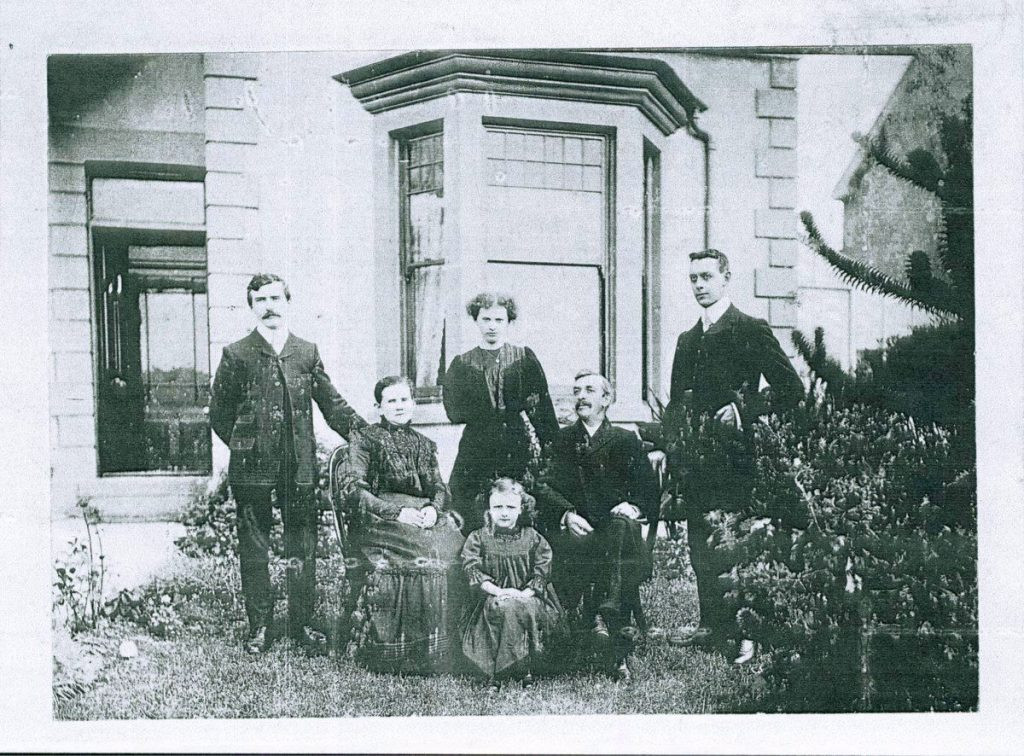 Family photo connected to Bethania Baptist Chapel, Maesteg C639546. Donated to and digitised by the Royal Commission's Digital Dissent project